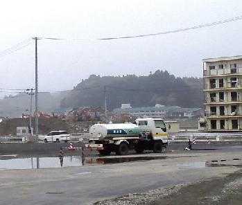 平成24年5月に東北震災視察を行いました。